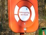 Rettungsring am Kiosk