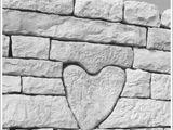 Herz in der Mauer