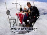 Was trinkt er?